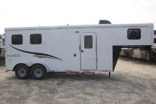 #06972 - New 2017 Bison Dixie Renegade 7206 2 Horse Trailer  with 6' Short Wall