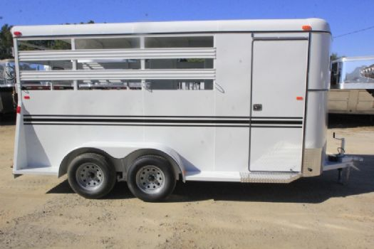 #77446 - New 2017 Bee 3HBPSL 3 Horse Trailer  with 2' Short Wall