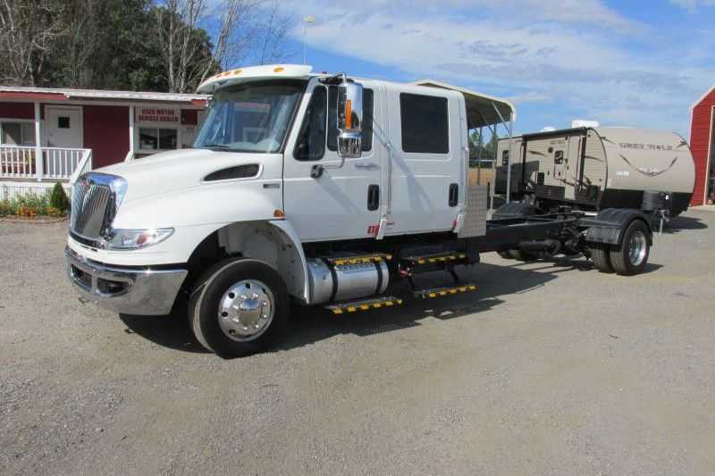 Used 2012 International Truck