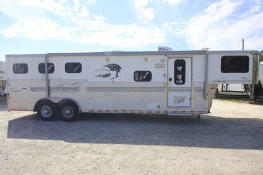 #A3333 - Used 2001 Sundowner Sunlite 3 Horse Trailer  with 10' Short Wall