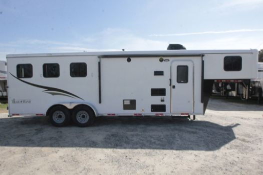 #07046 - New 2017 Bison Trail Hand 7308 3 Horse Trailer  with 8' Short Wall