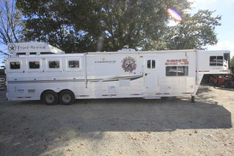 #87822 - Used 2012 Lakota 8415LQ 4 Horse Trailer with 15' Short Wall