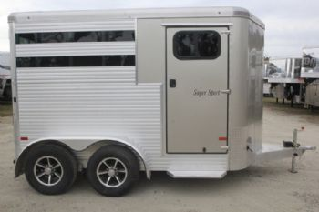 #B3136 - Used 2016 Sundowner SS2HBP 2 Horse Trailer  with 2' Short Wall
