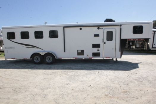 #07286 - New 2018 Bison Trail Hand 7408 4 Horse Trailer  with 8' Short Wall