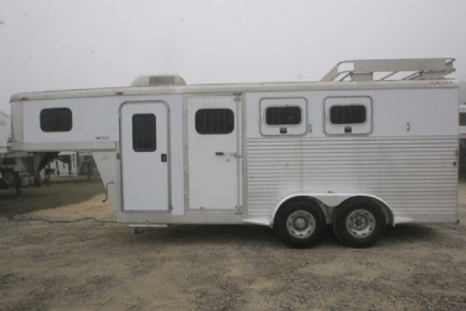 #31354 - Used 2005 Exiss ES300 3 Horse Trailer  with 4' Short Wall