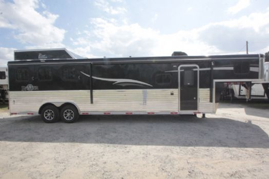 #07313 - New 2017 Bison Ranger 8313GBSO 3 Horse Trailer  with 13' Short Wall