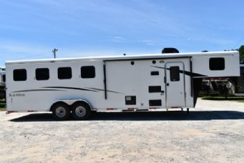 #07314 - New 2018 Bison Trail Hand 7408 4 Horse Trailer  with 8' Short Wall