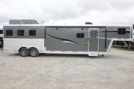 #07339 - New 2018 Bison Laredo 8313GBSO 3 Horse Trailer  with 13' Short Wall