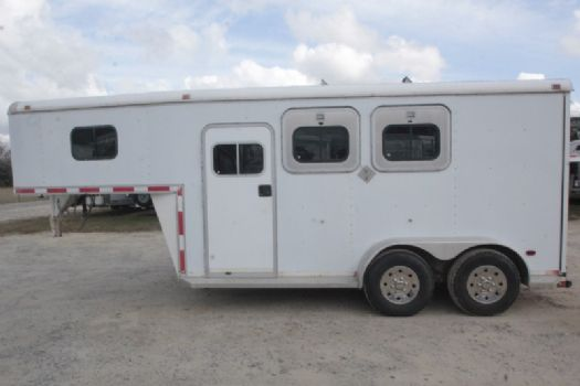 #21273 - Used 1997 Southern 7204 2 Horse Trailer  with 4' Short Wall