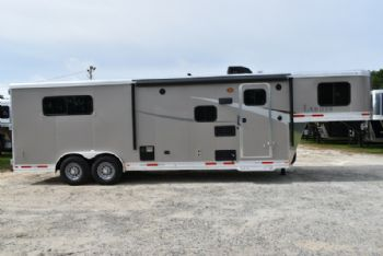 #00111 - New 2018 Lakota Colt 8309 3 Horse Trailer  with 9' Short Wall