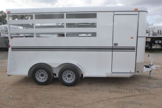 #77504 - New 2017 Bee 3HBPSL 3 Horse Trailer  with 2' Short Wall