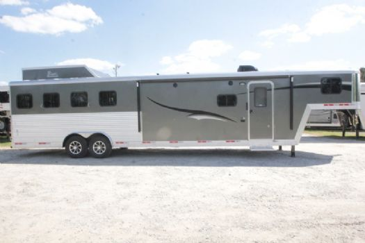 #07364 - New 2018 Bison Laredo 8413GBSO 4 Horse Trailer  with 13' Short Wall