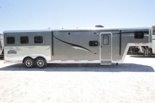 #07367 - New 2018 Bison Laredo 8311 3 Horse Trailer  with 11' Short Wall