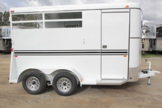 #77514 - New 2017 Bee 2HBPSL 2 Horse Trailer  with 2' Short Wall