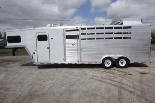 #84006 - Used 2002 Norlite 7406LQ 4 Horse Trailer  with 6' Short Wall
