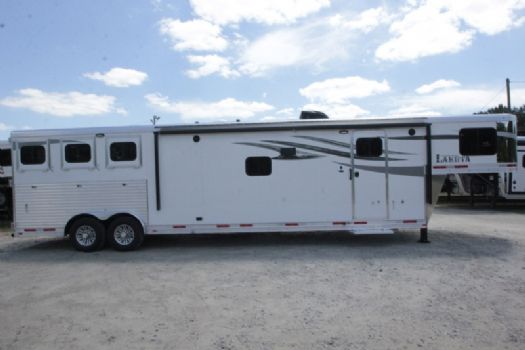 #00424 - New 2018 Lakota 8315SRGLQ Charger 3 Horse Trailer  with 15' Short Wall