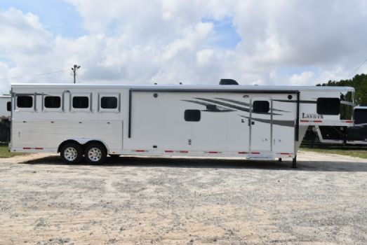 #00462 - New 2018 Lakota Charger 8415SRB9GLQ 4 Horse Trailer  with 15' Short Wall