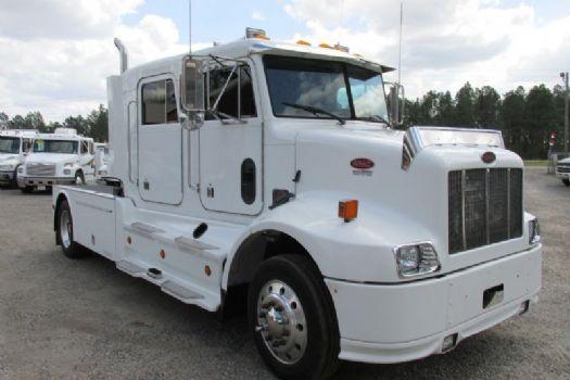 #75672 - Used 2002 Peterbilt 330 Truck