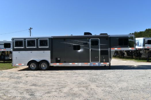#00460 - New 2018 Lakota 8311RKGLQ Charger 3 Horse Trailer  with 11' Short Wall