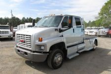 #19009 - Used 2003 GMC C6500 Truck