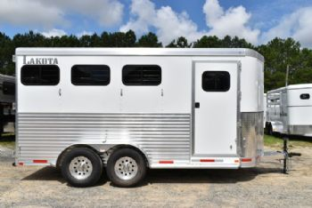 #00476 - New 2018  Lakota 3HBPSL 3 Horse Trailer  with 2' Short Wall