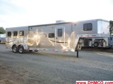 #01057 - Used 2011 Bison 7310LQ Straus Express 3 Horse Trailer  with 10' Short Wall