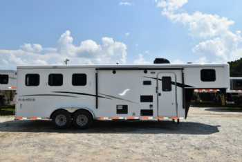 #07616 - New 2018 Bison Trail Hand 7308 3 Horse Trailer  with 8' Short Wall