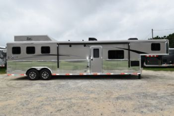 #07625 - New 2018 Bison Ranger 8314LSO 3 Horse Trailer  with 14' Short Wall