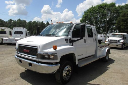 #19021 - Used 2005 GMC  Truck