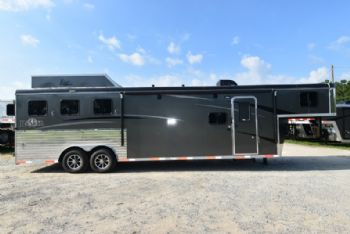 #07664 - New 2018 Bison Ranger 8311 3 Horse Trailer  with 11' Short Wall
