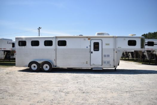 #38323 - Used 2006 Exiss ES407LQ 4 Horse Trailer  with 7' Short Wall