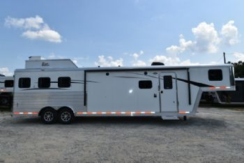 #07735 - New 2018 Bison Laredo 8313GBSO 3 Horse Trailer  with 13' Short Wall
