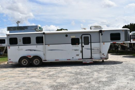 #18405 - Used 2006 Classic 7308GLQ 3 Horse Trailer  with 8' Short Wall