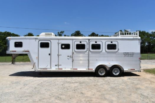 #16681 - Used 2002 Exiss XT400 3 Horse Trailer  with 8' Short Wall