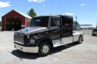 #10384 - Used 2000 Freightliner FL60 Truck