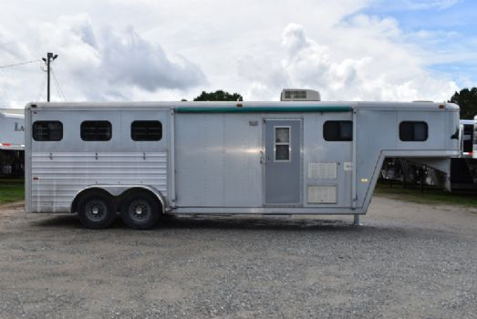#51647 - Used 1994 Hart  3 Horse Trailer  with 9' Short Wall