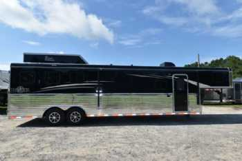 #07784 - New 2018 Bison Ranger 8313GBSO 3 Horse Trailer  with 13' Short Wall