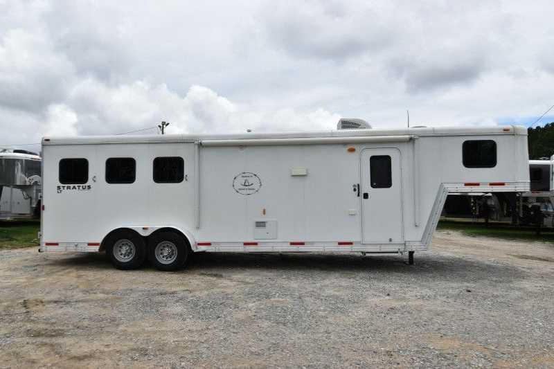 #03804 - Used 2014 Bison Stratus 7310LQ 3 Horse Trailer with 10' Short Wall
