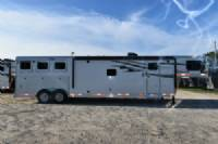 #01199 - New 2018 Lakota 8315SRBGLQ Charger 3 Horse Trailer  with 15' Short Wall