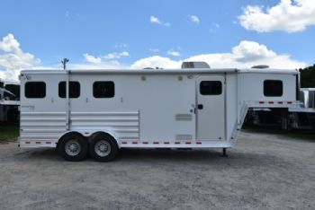 #56258 - Used 2009 Kiefer Built 306LQ 3 Horse Trailer  with 9' Short Wall