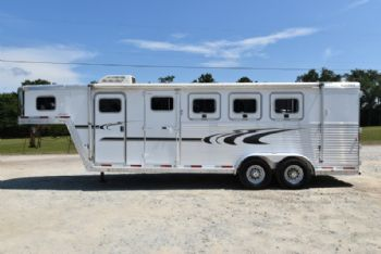 #33839 - Used 2005 Exiss XT400 4 Horse Trailer  with 5' Short Wall