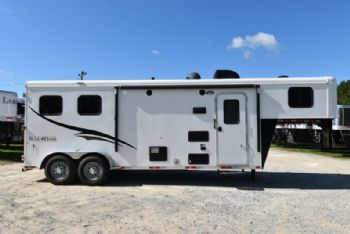 #06511 - Used 2016 Bison 7208LQ 2 Horse Trailer  with 8' Short Wall