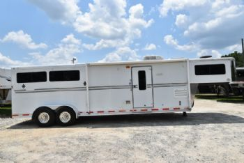 #73162 - Used 2006 Shadow 7310GLQ 3 Horse Trailer  with 10' Short Wall