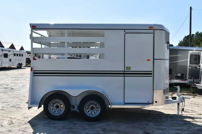 #77656 - New 2018 Bee 2HBPSL 2 Horse Trailer with 2' Short Wall