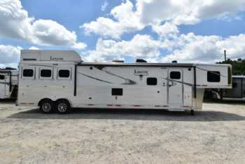 #01455 - New 2018 Lakota 8318GLQ BigHorn UG 3 Horse Trailer  with 18' Short Wall