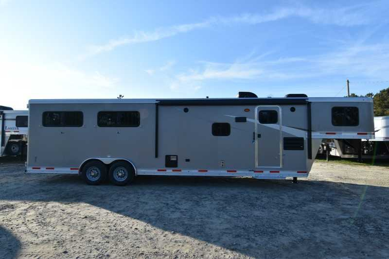#01529 - New 2018 Lakota Colt 8411 4 Horse Trailer with 11' Short Wall