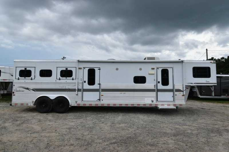 #A2669 - Used 2000 Sundowner 8310MTLQ 3 Horse Trailer with 10' Short Wall