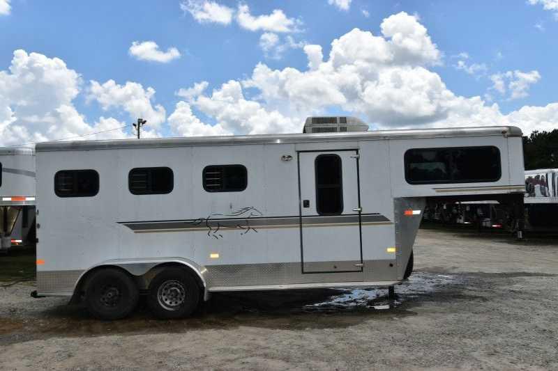 Used 3 Horse Sundowner Horse Trailer with Living Quarters :: Dixie ...