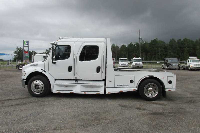 #66009 - Used 2006 Freightliner M2 Truck