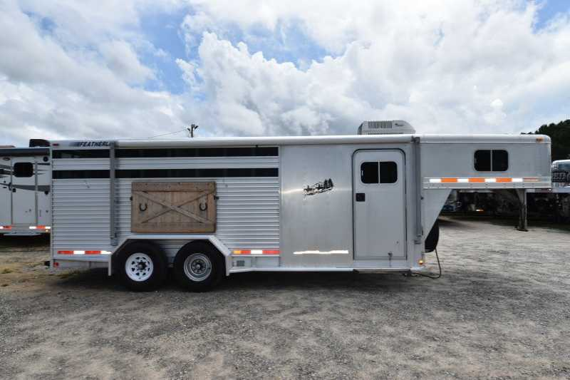 Used 4 Horse Featherlite Horse Trailer With Living Quarters Dixie